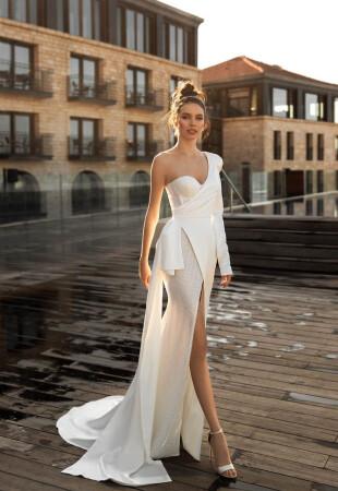 Ассиметричное свадебное платье