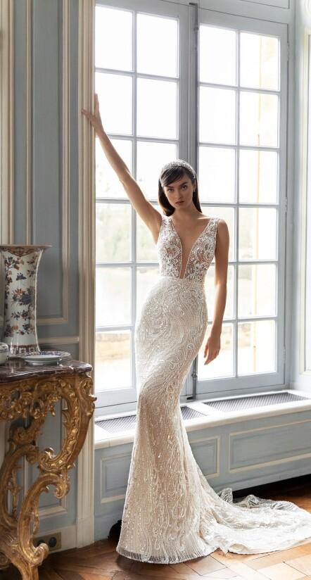 mermaid dress wedding, lace fitted wedding dress, sparkling wedding dresses
