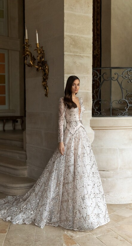 wedding dresses aline, wedding dresses with long trains, wedding dresses with long sleeves