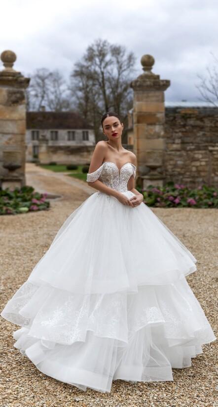 wedding dress flowy, aline wedding dress, wedding dress tulle