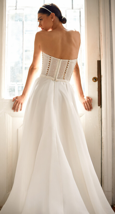 свадебное платье с кружевом